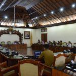 Komisi II DPRD Bali Gelar Rapat dengan Dinas Pariwisata
