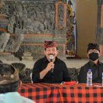Edukasi Penanggulangan Covid-19 dan Pembagian Beras, Komisi I Kunjungi Desa Tejakula