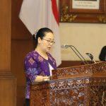 Grace Anastasia Bacakan Pandangan Umum Fraksi Nasdem PSI Hanura