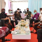 Pimpinan DPRD Provinsi Bali Hadiri Pelaksanaan Vaksinasi  COVID -19 Tingkat Provinsi Bali